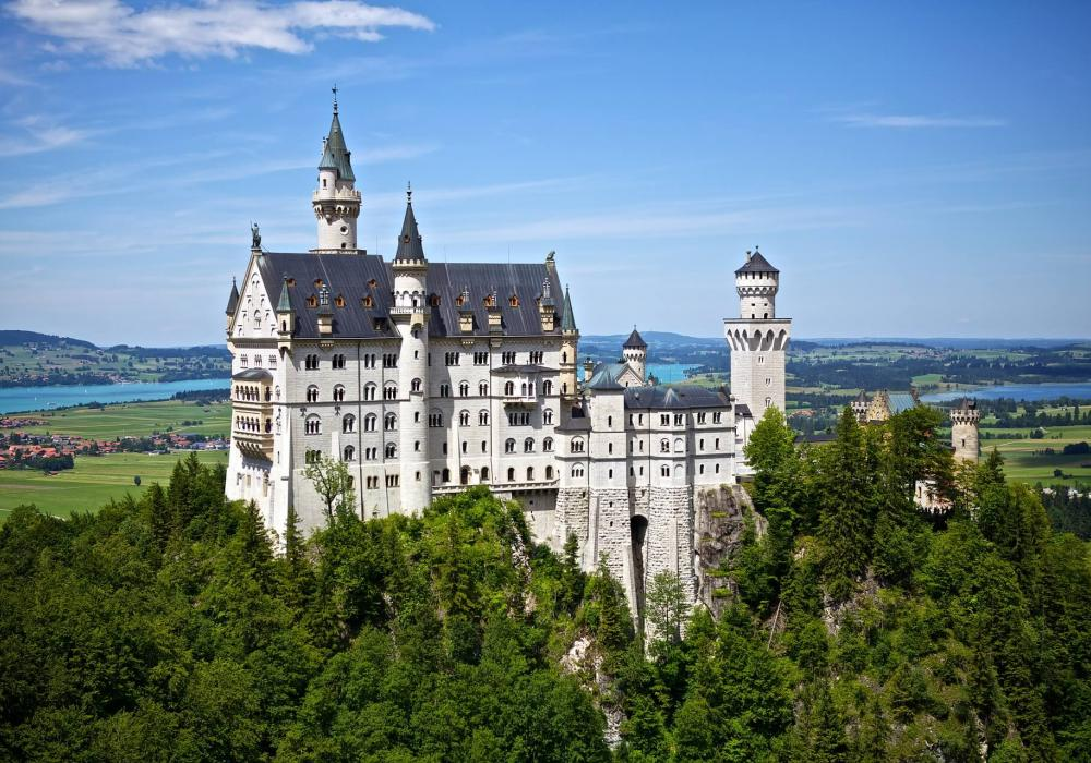 Masterpiece of German architecture Neuschwanstein Castle